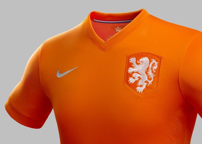 nederlands-elftal-shirt-wk-2014-oranje-3